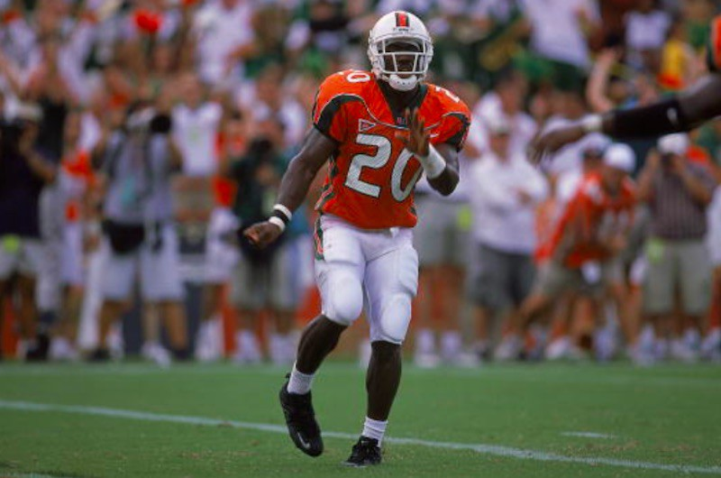Miami Hurricanes running back Shannon Crowell