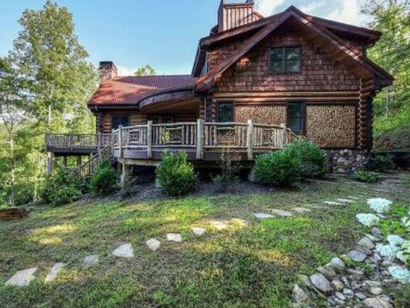 Prepper property log cabin