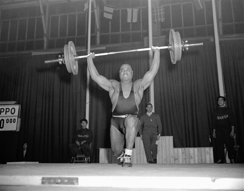 John Davis lifting