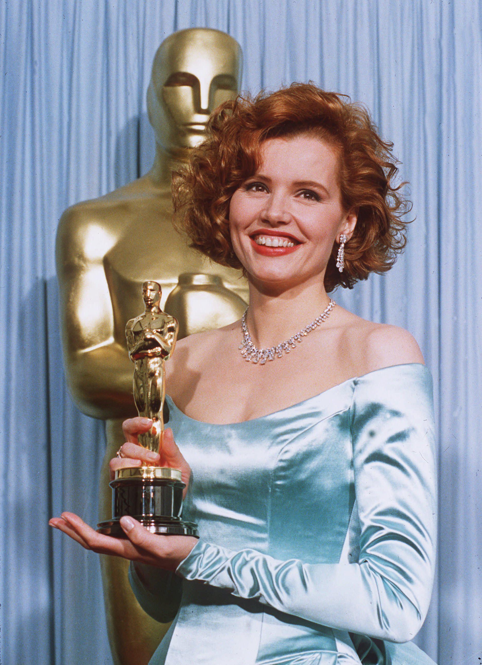 Geena Davis at the 1989 Oscars