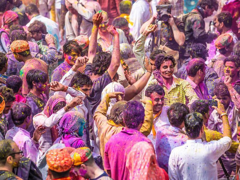 Crowd at the Barsana Temple, celebrating Holi Day