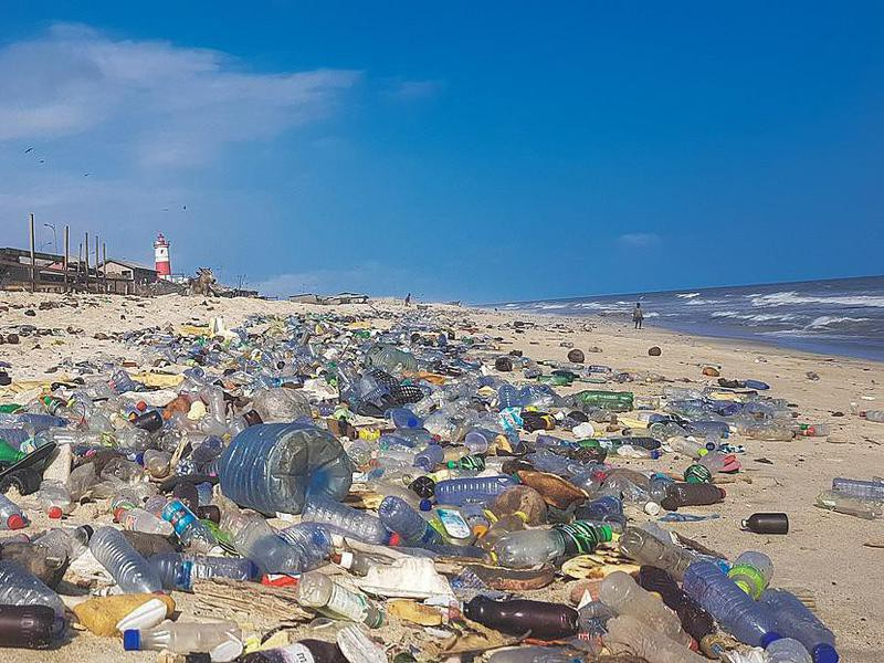 Plastic pollution in Jamestown, Accra