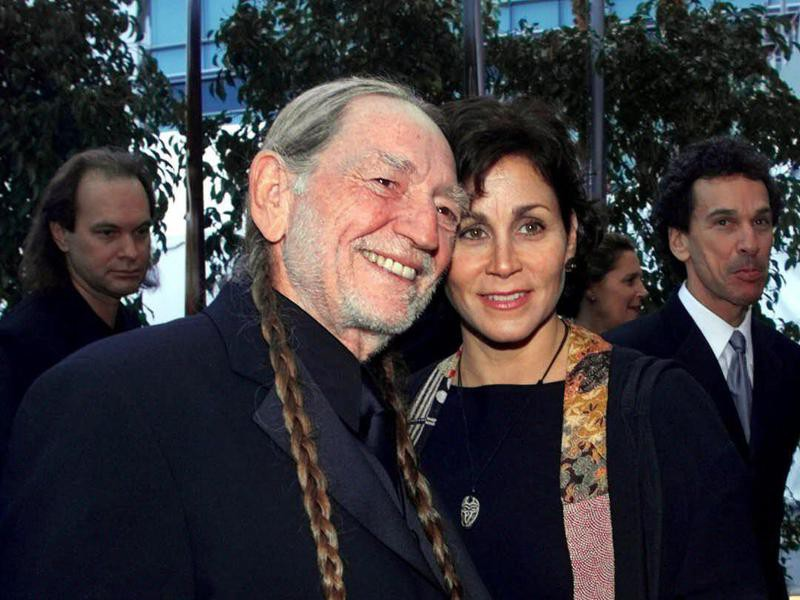 Willie Nelson and his wife, Annie, arrive at the 2001 Grammy Awards in Los Angeles.