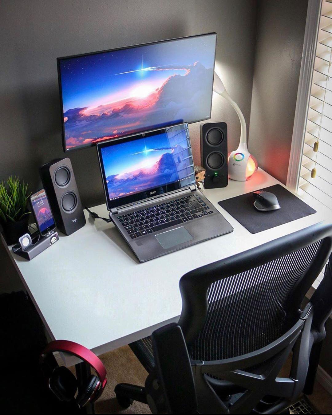 Laptop remote workstation