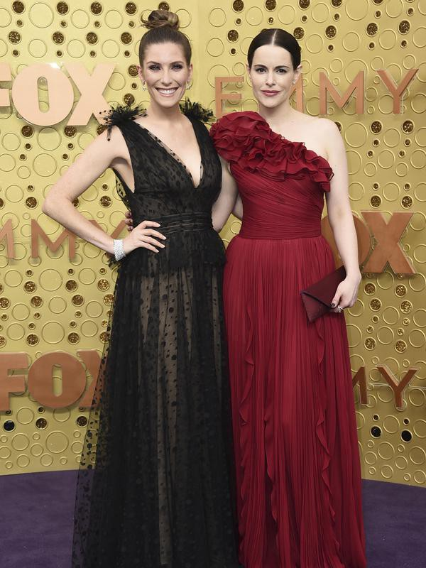 Sarah Levy and Emily Hampshire