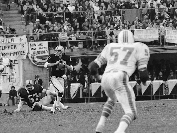 Oakland Raiders' Ken Stabler looks downfield