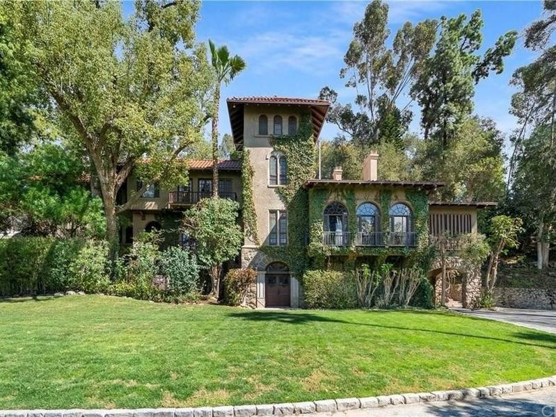 Mansion in Riverside, California