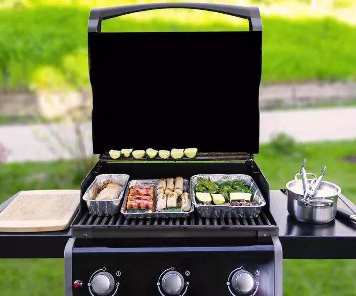 perfect backyard bbq