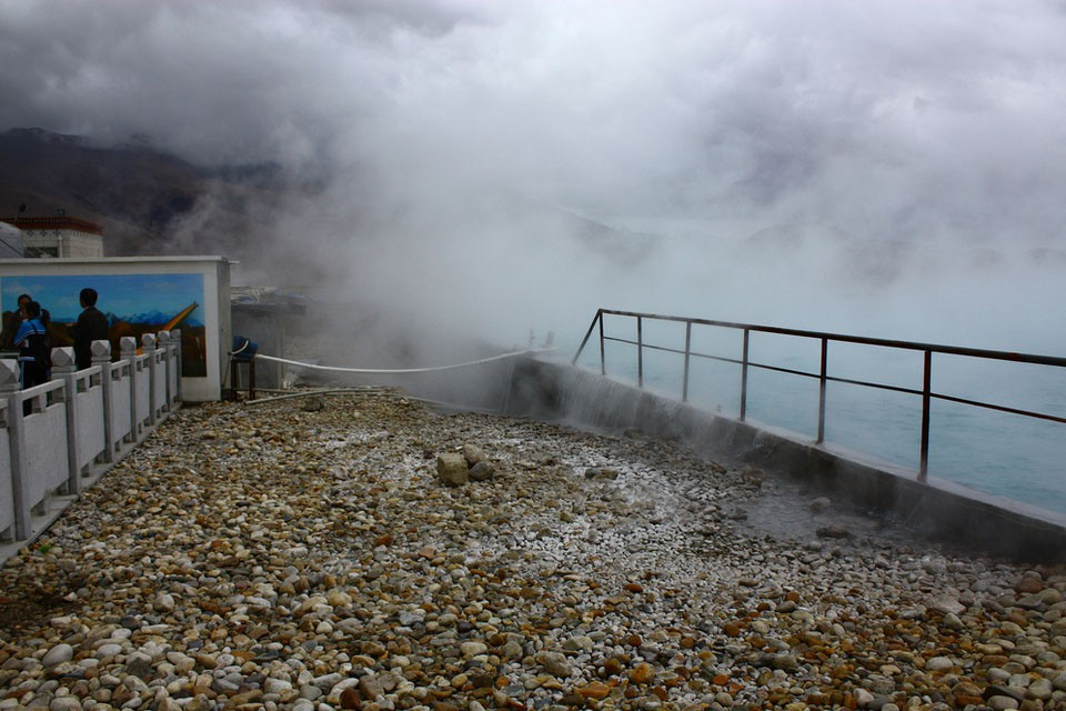 Yangpachen Hot Springs