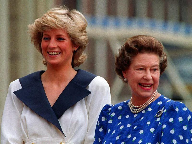 Princess Diana, Queen Elizabeth Ii