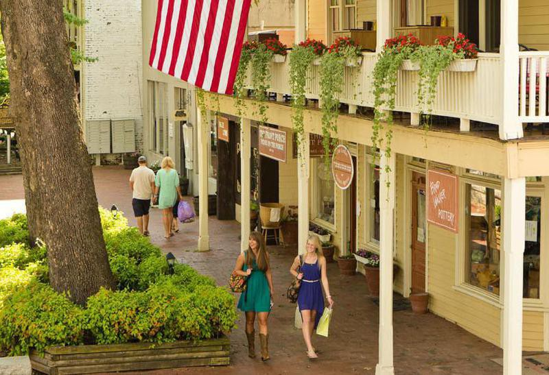 Dahlonega-Lumpkin County Chamber of Commerce & Visitors Bureau