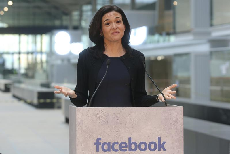 sheryl sandberg facebook paris