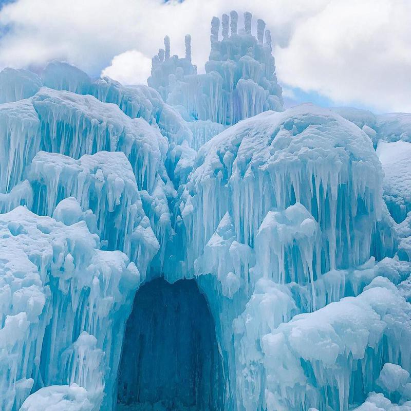 Ice Castles in New Hampshire