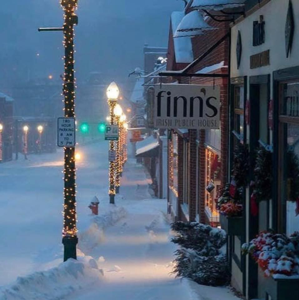 Finn's Irish Pub in Maine