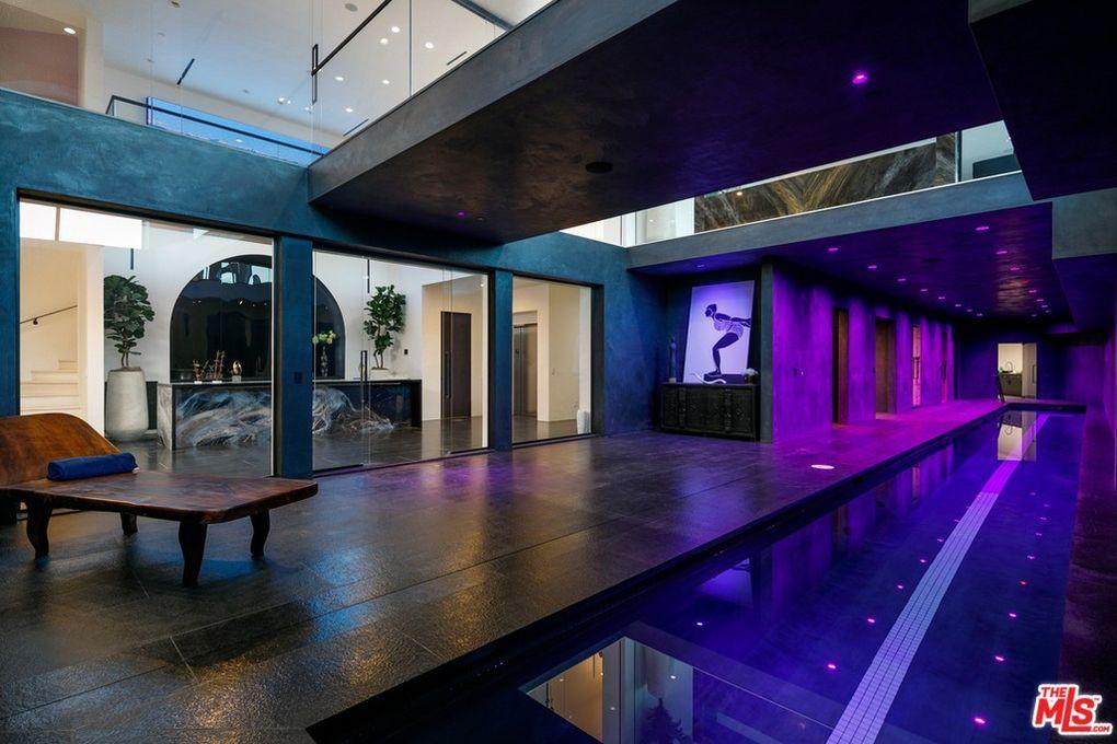Interior wading pool