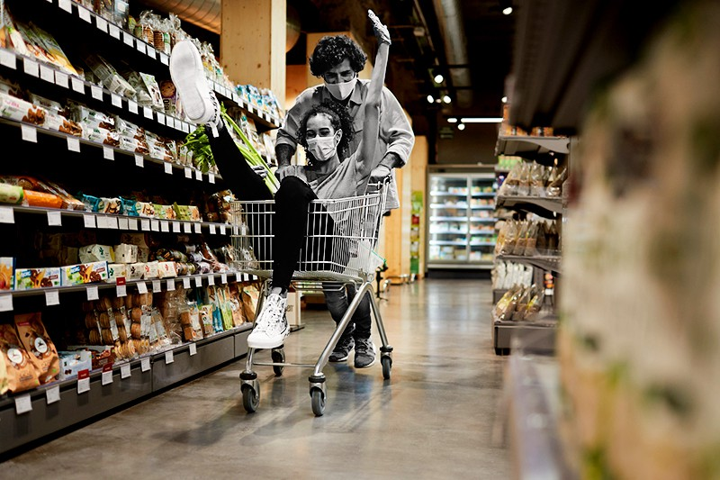 couple in grocery store