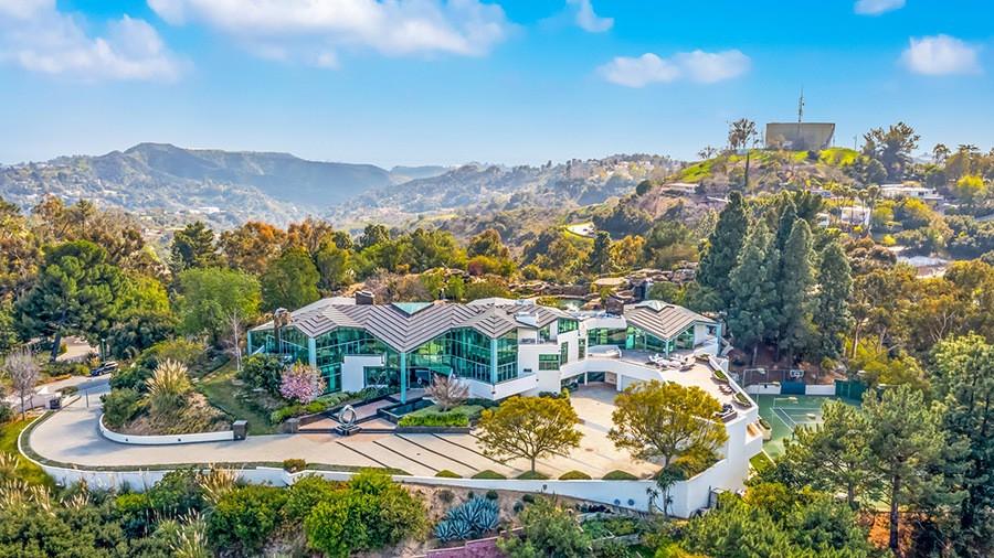 Pharrell Williams' neighborhood in Beverly Hills
