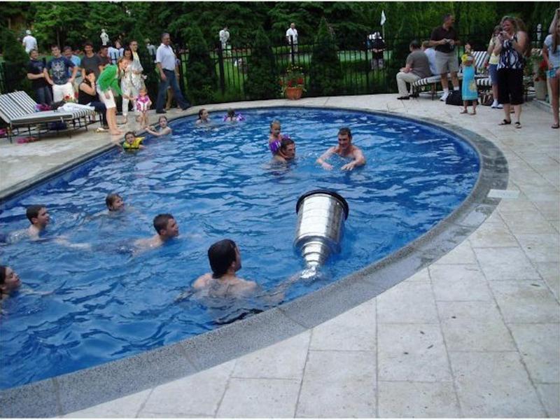 Mario Lemieux's pool