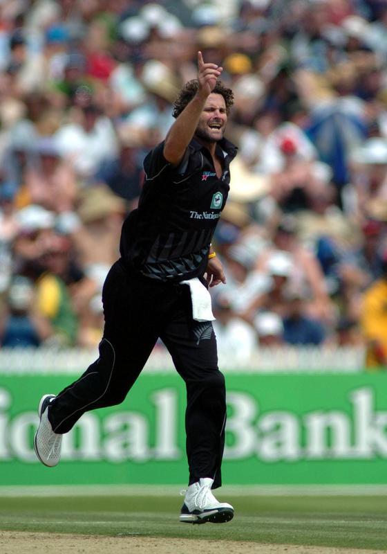 Chris Cairns celebrates