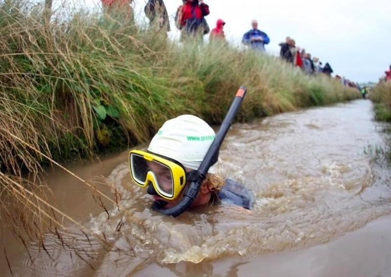 Man bog snorkelling