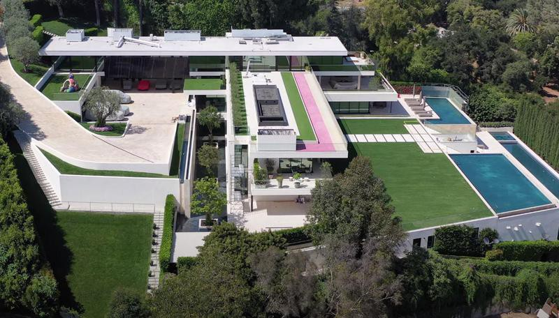 Beyonce and Jay-Z's mansion