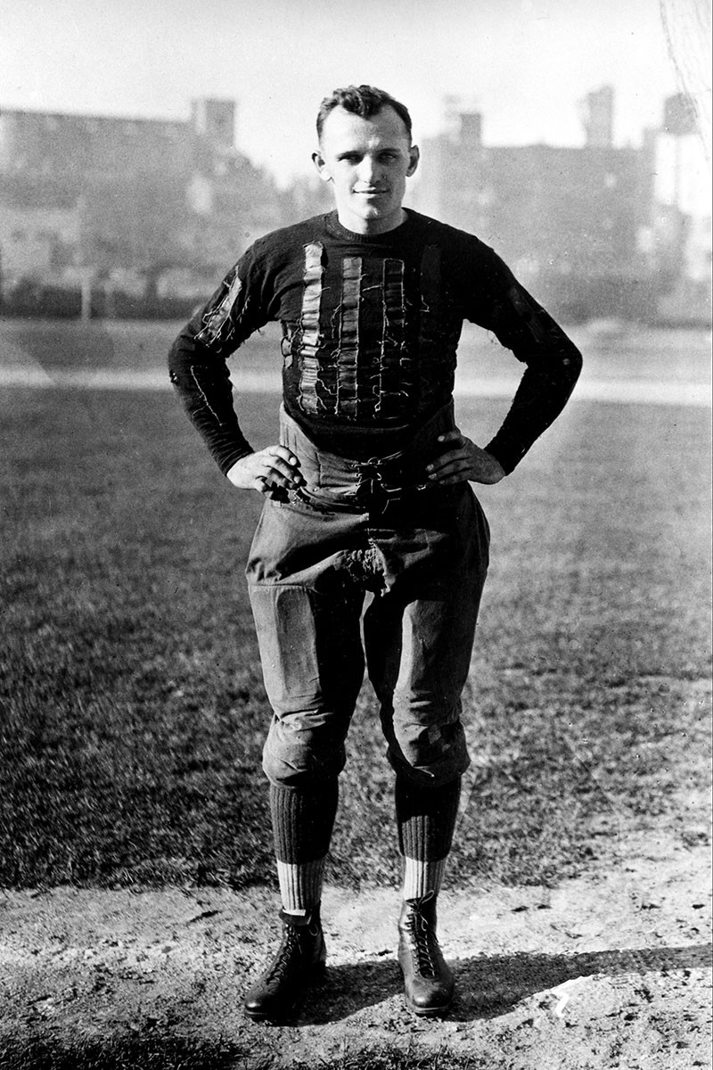 George Halas with the Chicago Bears in 1933