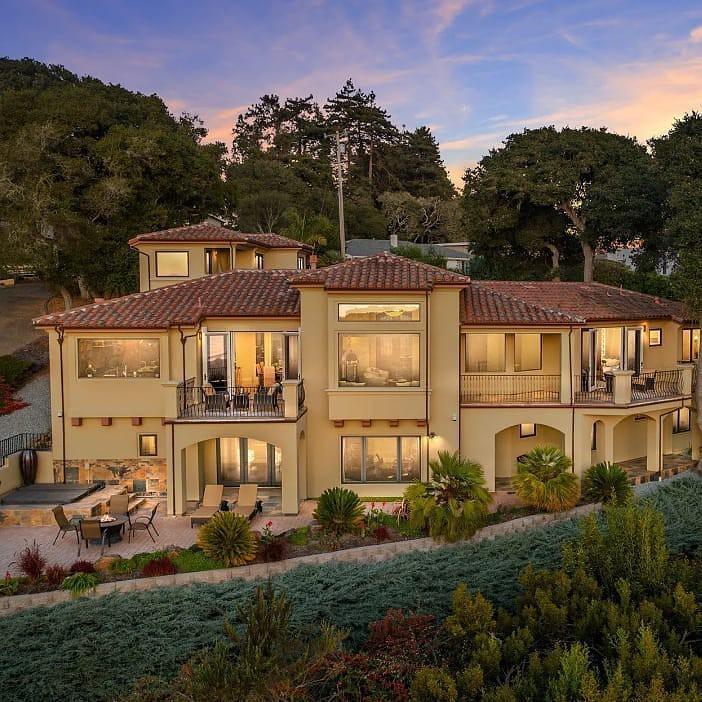 Beach house in Santa Cruz, California