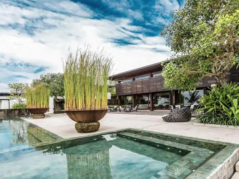 Beachfront Residence in Bali