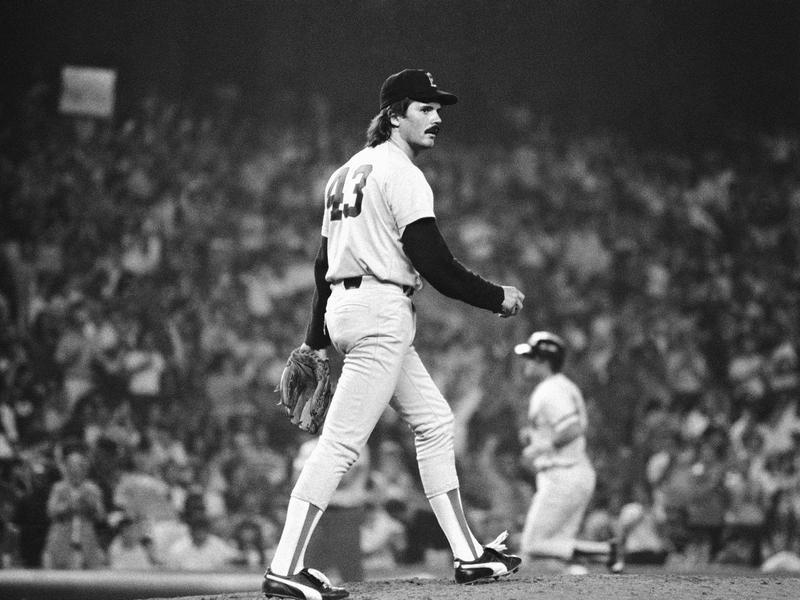 Boston Red Sox pitcher Dennis Eckersley walks to mound