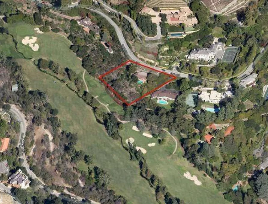 Aerial view of Musk/Wilder's former home