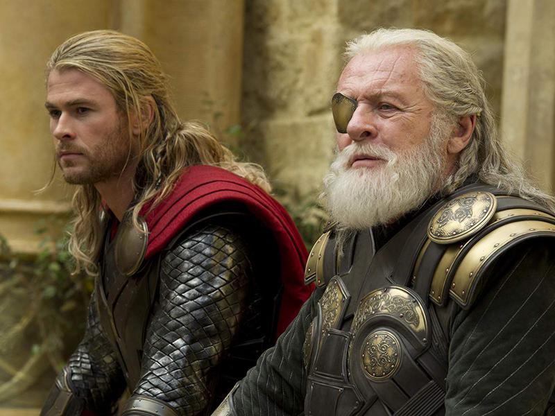 Anthony Hopkins and Chris Hemsworth in Thor: The Dark World (2013)