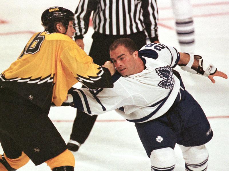 Toronto Maple Leaf Tie Domi