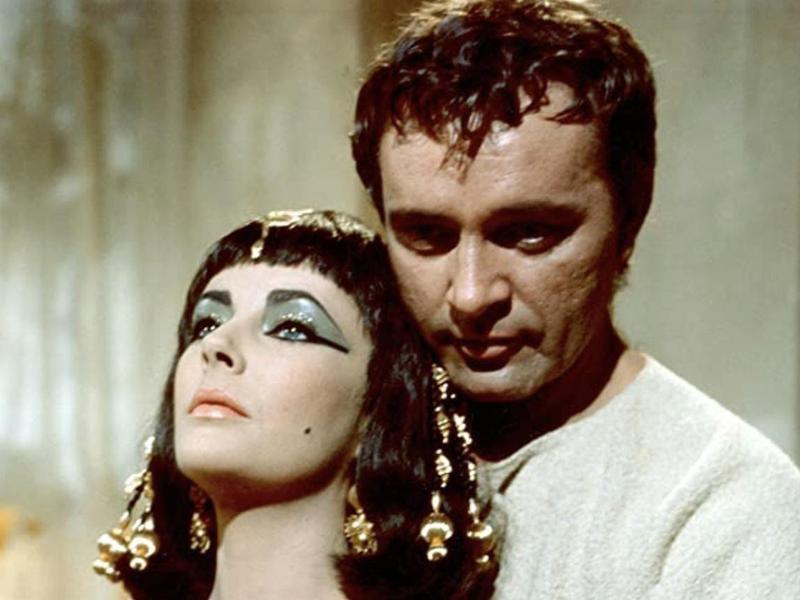 Elizabeth Taylor & Richard Burton in Cleopatra