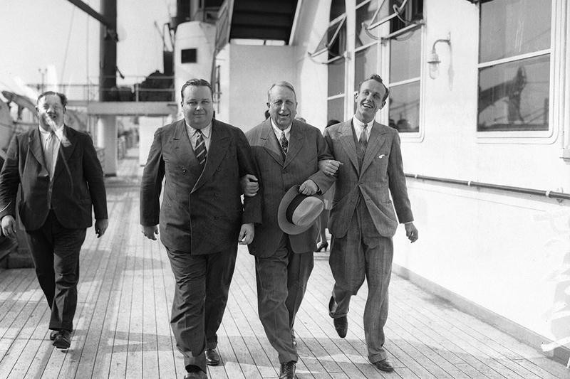 William Randolph Hearst (center) and his sons, George (left) and William Jr.