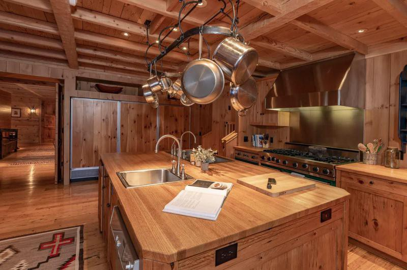 Tom Cruise's kitchen