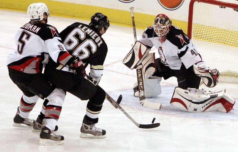 Pittsburgh Penguins center Mario Lemieux