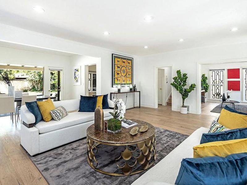 Meghan Markle's living room