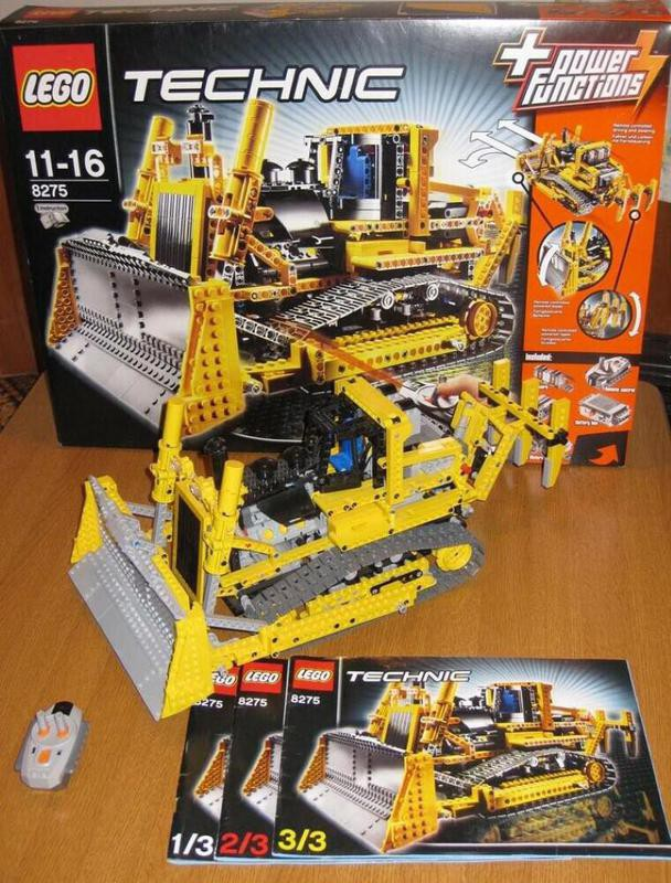 Lego Motorized Bulldozer