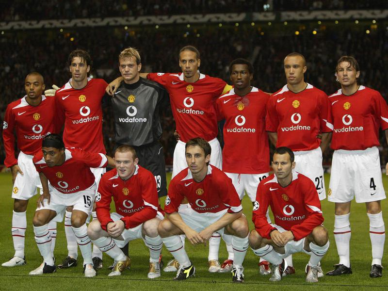 Kleberson and Manchester United teammates