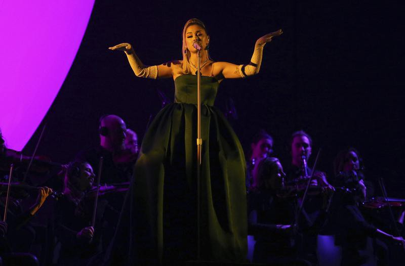 Ariana performs at 2020 annual Grammy Awards