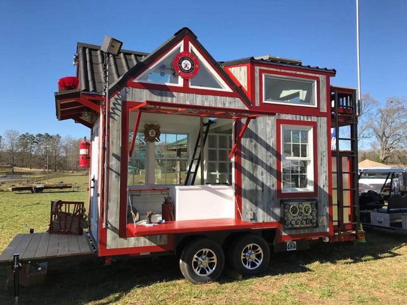 Tiny Firehouse Station No. 9