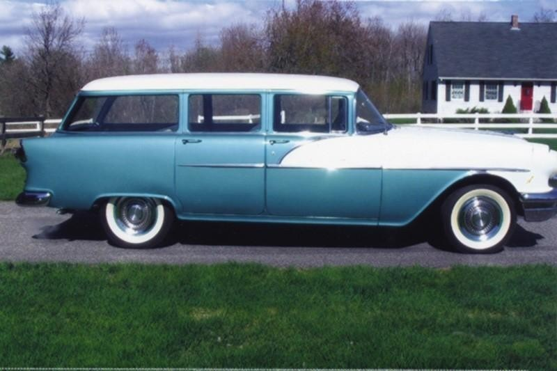 9. 1956 PontiacChieftain Wagon 870 Deluxe