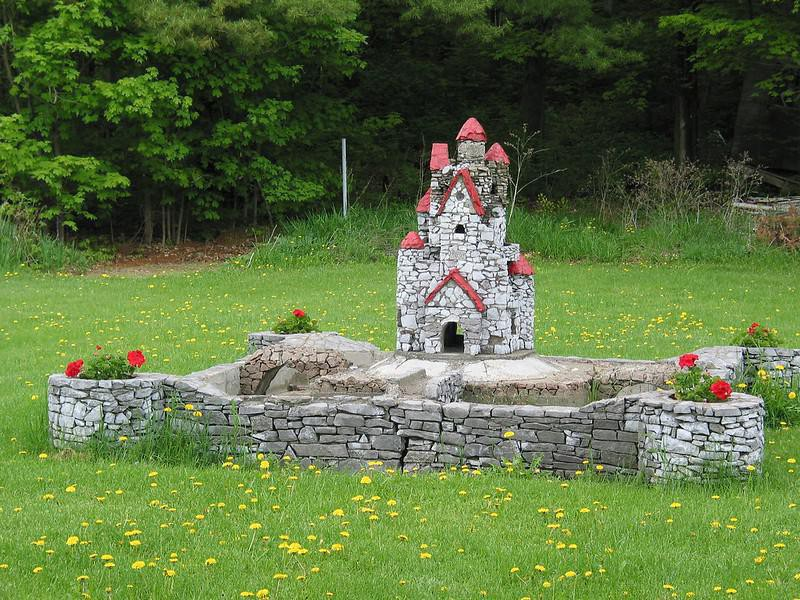 Harry Barber's Miniature Castles