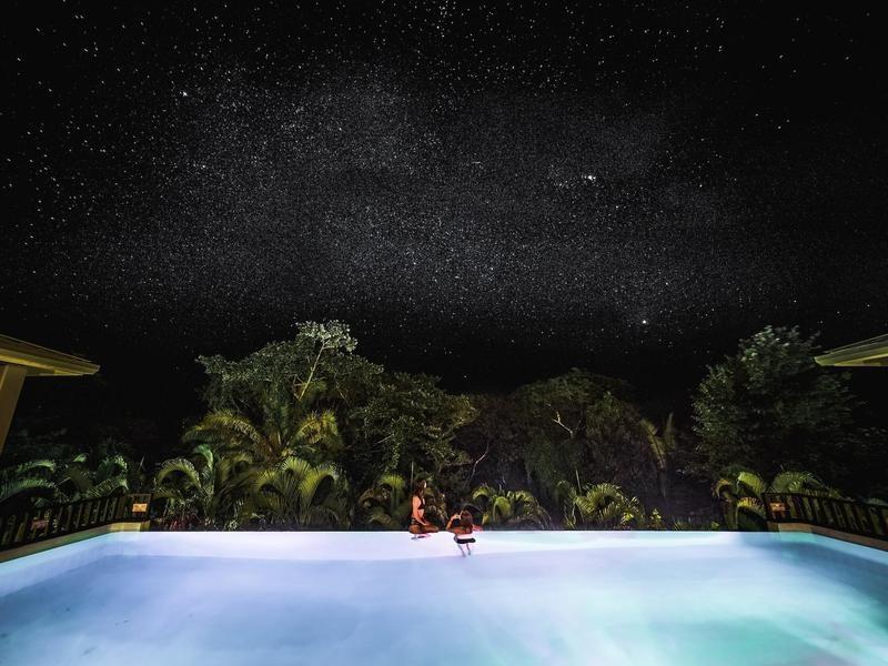 luxury eco hotel in Belize