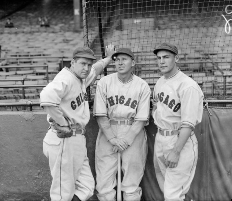 Freddie Lindstrom posing with teammates