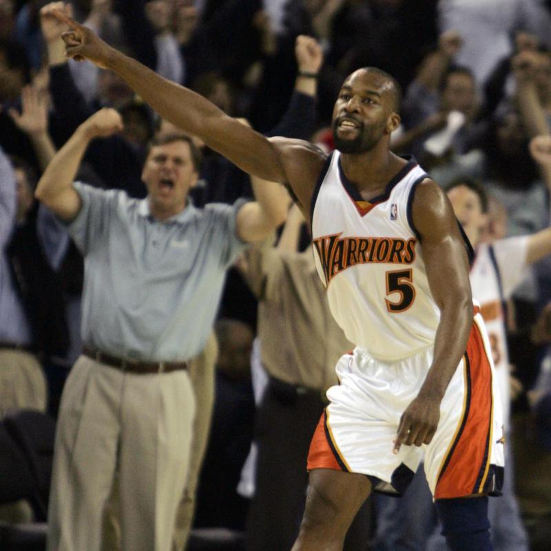 Baron Davis celebrates game-winning shot