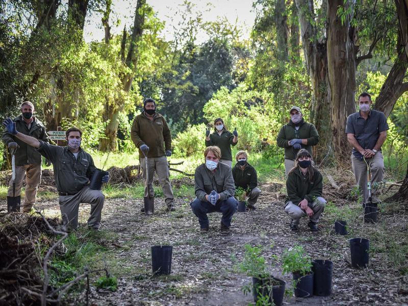 Zoo workers at Temaiken Biopark