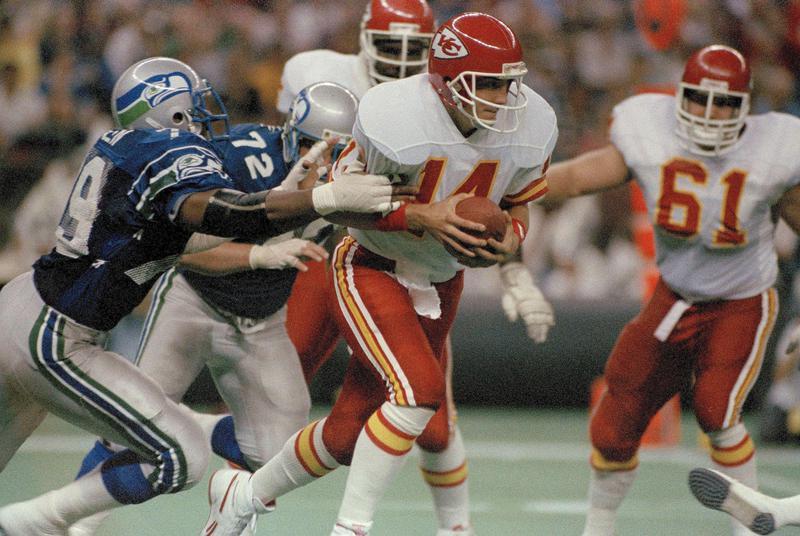 Kansas City Chiefs quarterback Todd Blackledge