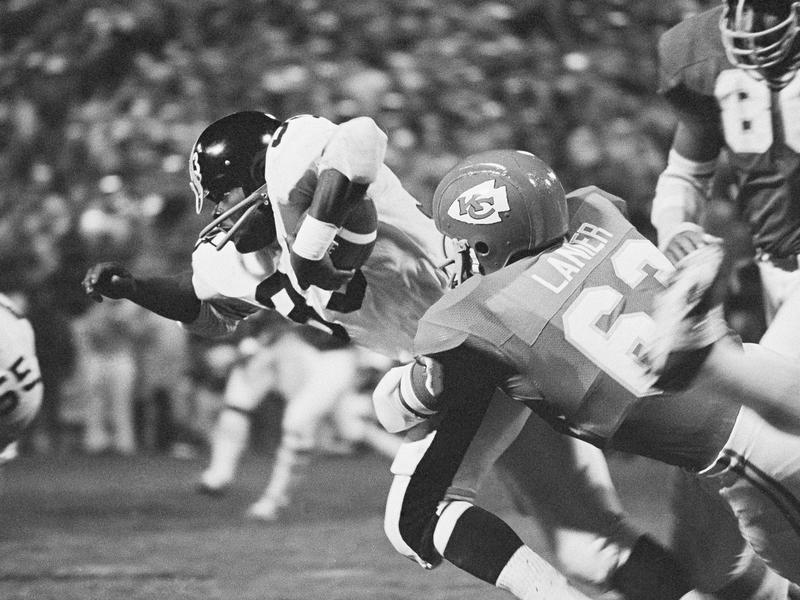Kansas City Chiefs linebacker Willie Lanier