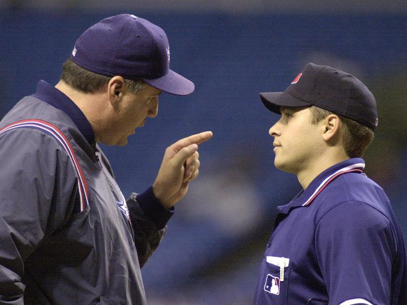 Mike Scioscia argues call at home plate
